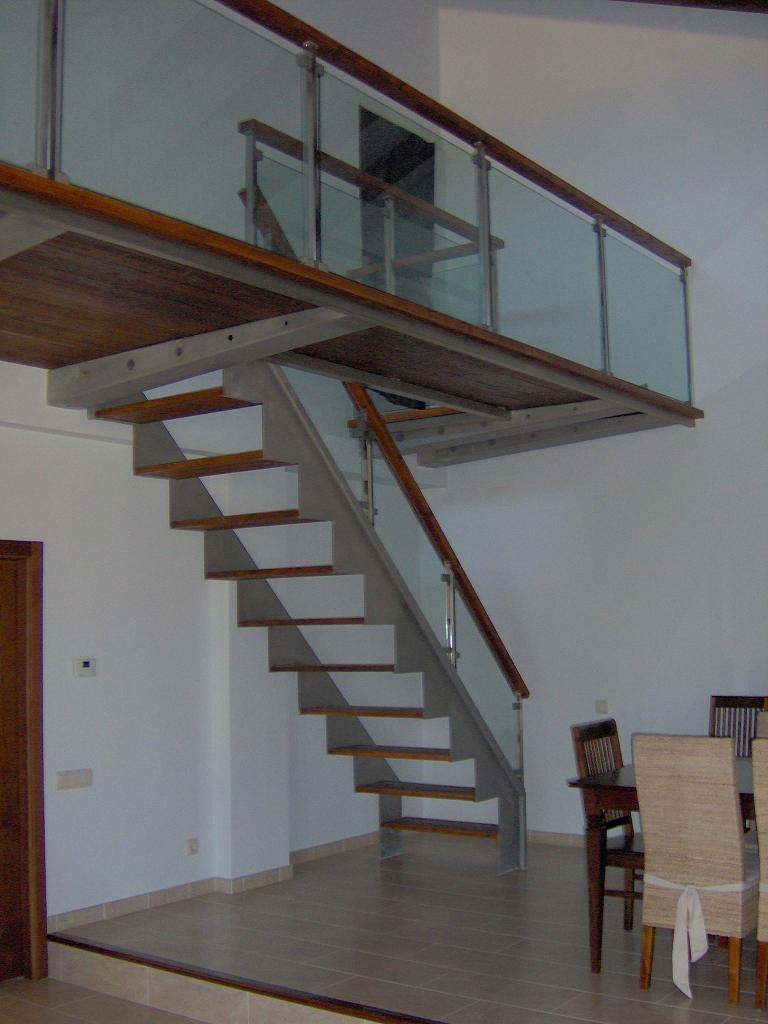 Escalera para altillo ideas de escaleras para altillos - Escaleras para altillos plegables ...